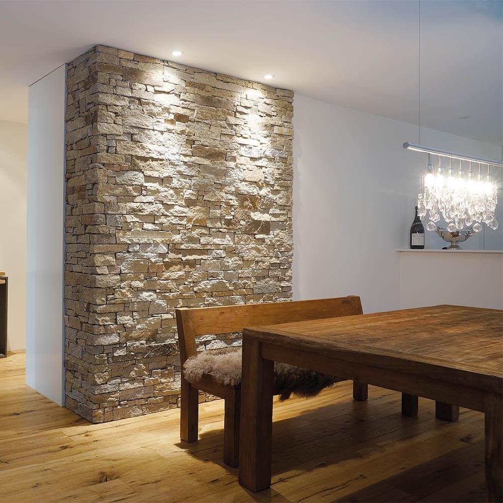 natursteinwand-wohnraum